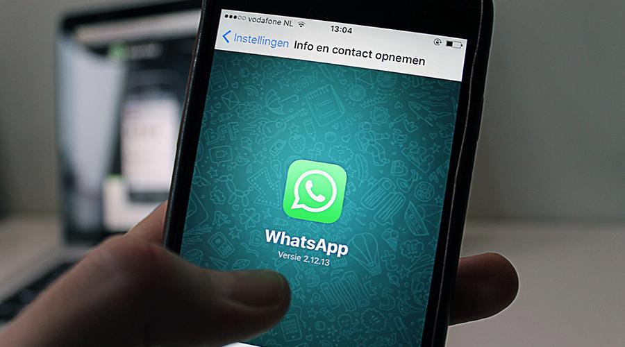 mòbil amb Whatsapp