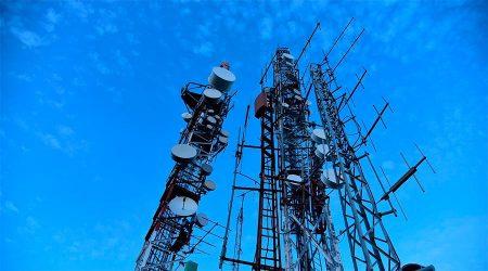 Unes antenes de telefonia