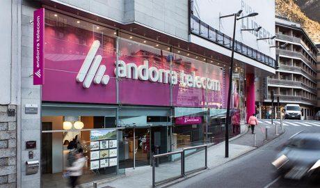 La façana de l'actual agència comercial d'Andorra Telecom
