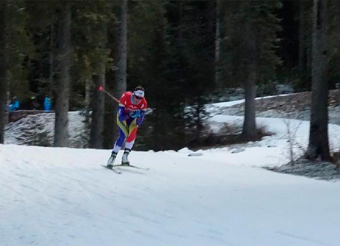Carola Vila en una prova d'esquí de fons