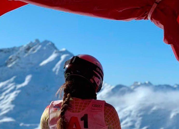 La jove esquiadora Cande Moreno