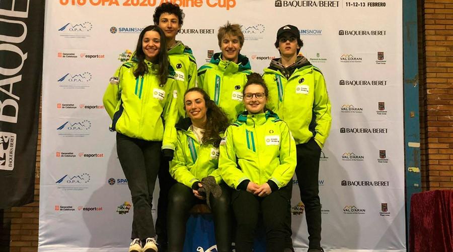 l'equip andorrà a l'OPA Cup, amb Marc Fernández, Pirmin Estruga, Pere Cornella, Aina Martí, Clàudia Garcia i Nàdia Bernat