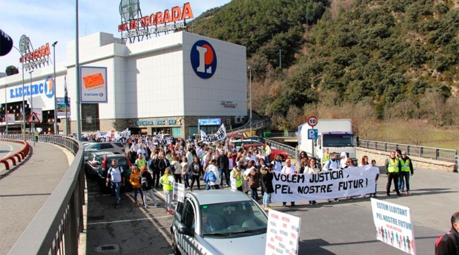 Treballadors del Punt de Trobada es manifesten