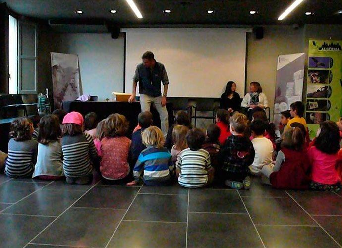 Taller infantil celebrat a l'espai Ermengol SdU