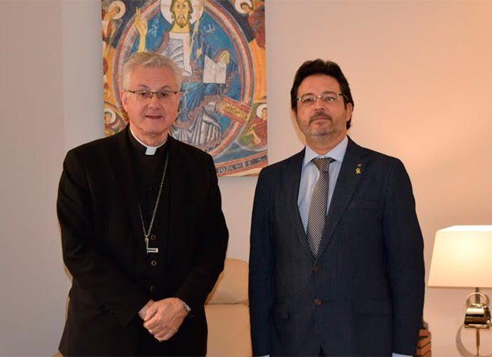 Joan Enric Vives i Isidre Gavín al Palau Episcopal