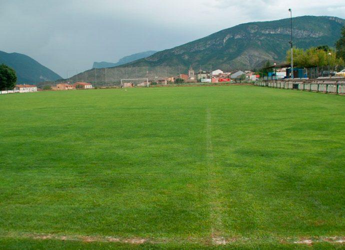 Camp municipal de les Lloredes a Organyà