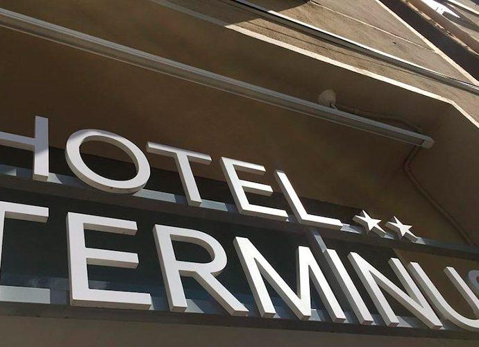 Cartell de l'Hotel Terminus