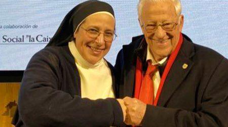 Sor Lucía Caram amb el Padre Ángel