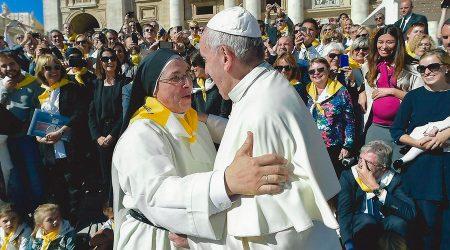 Sor Lucía Caram amb el Papa Francesc
