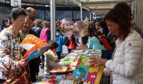 festa de Sant jordi a la Plaça del Poble d'Andorra la Vella
