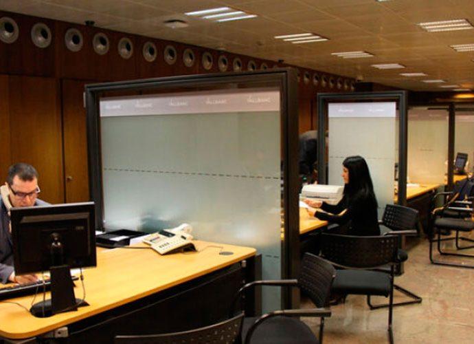 Una oficina financera d'Andorra la Vella