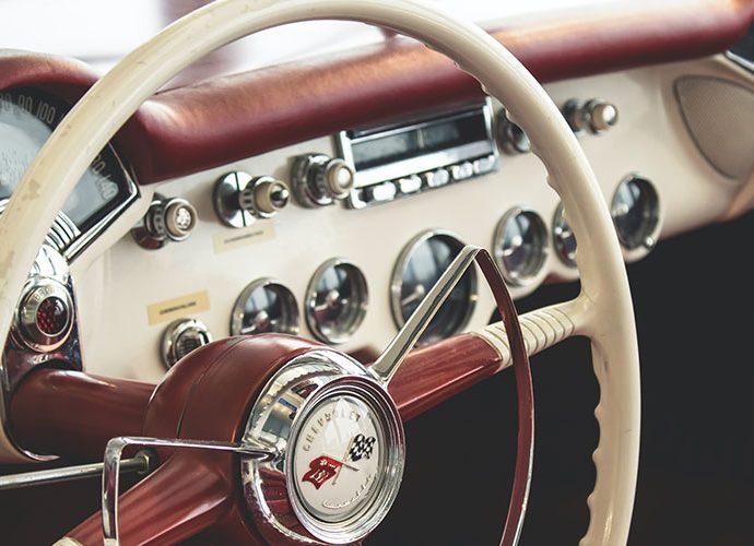volant de cotxe antic