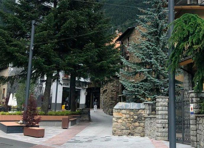 El carrer major d'Encamp