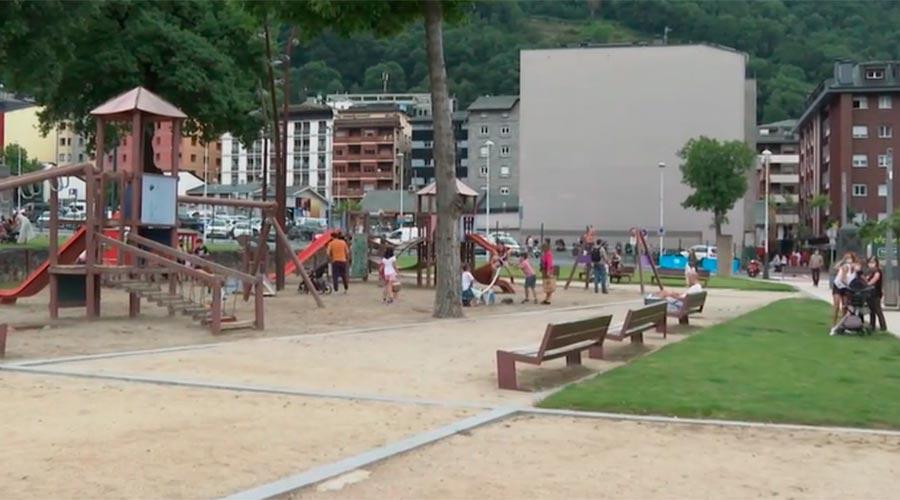 El Prat del Roure en la reobertura dels parcs infantils després del confinament per la covid-19