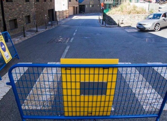 Senyalització especial al carrer de la Creu Grossa a Andorra la Vella