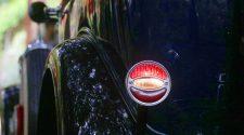 llum de fre d'un cotxe