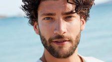 Model amb barba