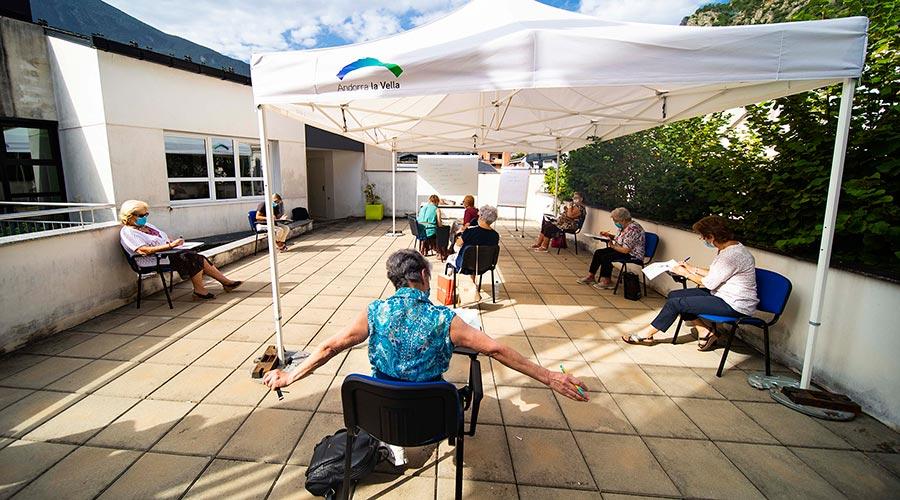 Un taller de gestió emocional dirigit a la gent gran d'Andorra la Vella