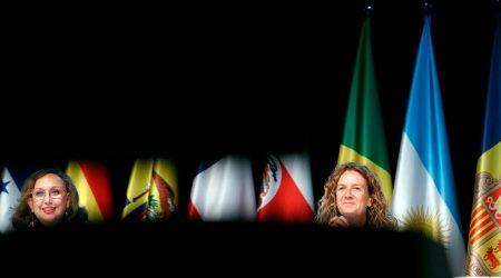 Rebeca Grynspan i Sílvia Calvó en la ministerial de Medi Ambient celebrada en el marc de la Cimera Iberoamericana
