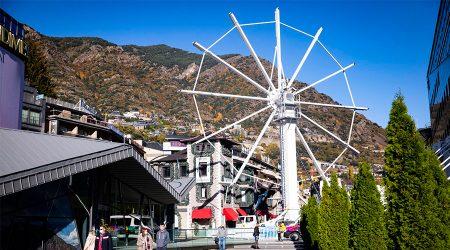 Nòria panoràmica d'Andorra la Vella