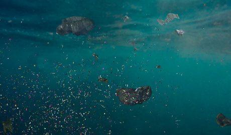 Plàstics al fons del mar